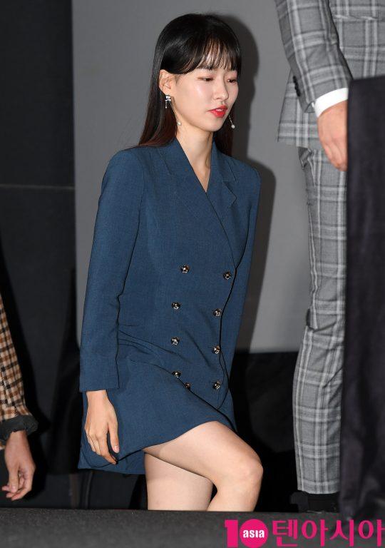 배우 이시아가 14일 오후 서울 한강로3가 CGV 용산아이파크몰점에서 열린 영화 '얼굴없는 보스' 언론시사회에 참석하고 있다.