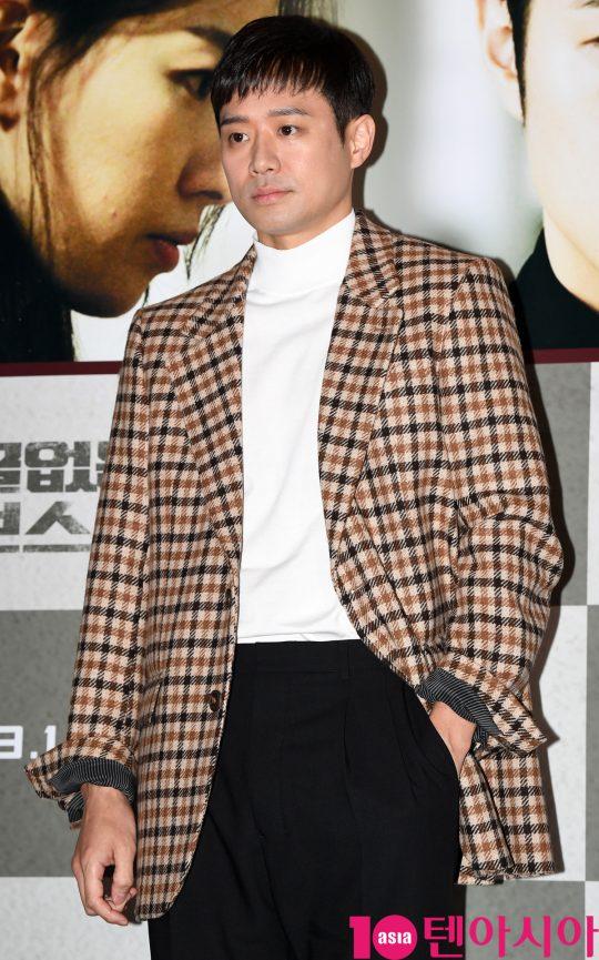 배우 천정명이 14일 오후 서울 한강로3가 CGV 용산아이파크몰점에서 열린 영화 '얼굴없는 보스' 언론시사회에 참석하고 있다.