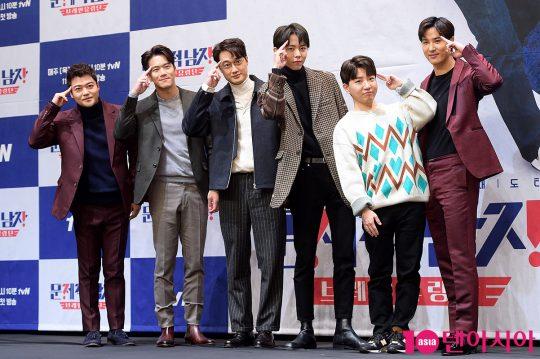 방송인 전현무(왼쪽부터), 하석진, 이장원, 주우재, 도티, 김지석