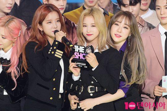 우주소녀 엑시, 다영, 연정