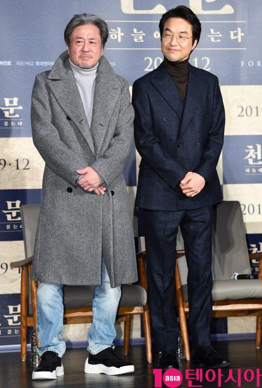 영화 '천문: 하늘에 묻는다'로 20년 만에 작품에서 다시 만난 배우 최민식과 한석규./ 조준원 기자 wizard333@