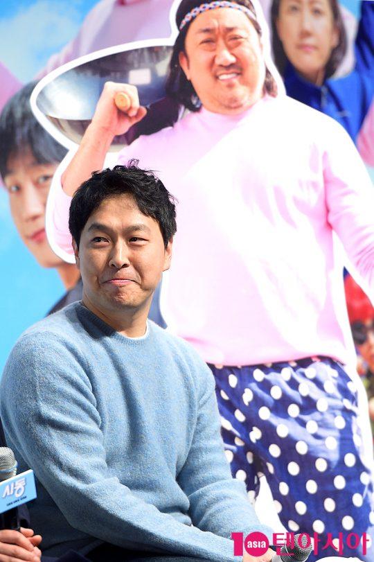 최정열 감독