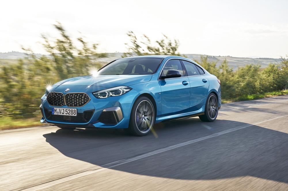 [모터쇼]BMW, M8 그란 쿠페와 M2 그란 쿠페 최초 공개