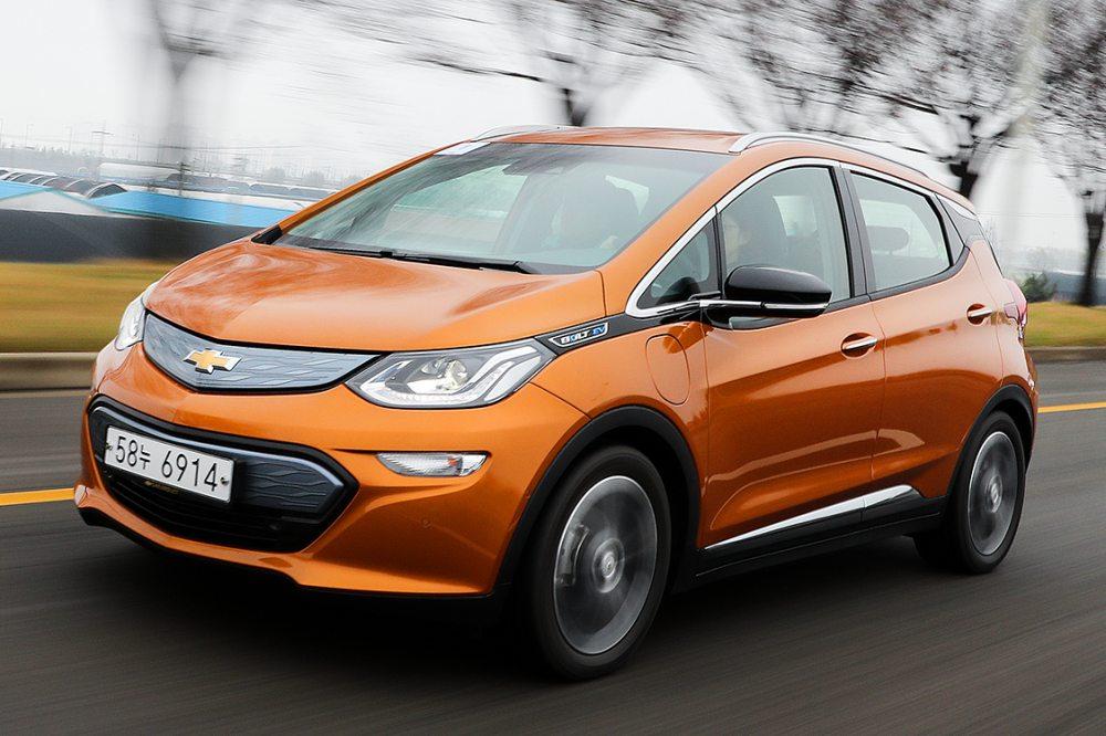 출시 3년 된 볼트 EV, 10월 판매 급등한 이유는?