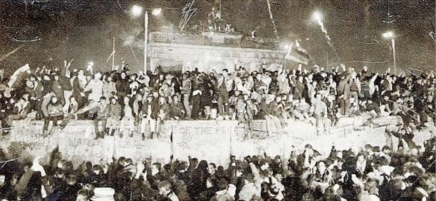 베를린장벽 붕괴 30년…경제 격차 여전한 '미완의 통일'