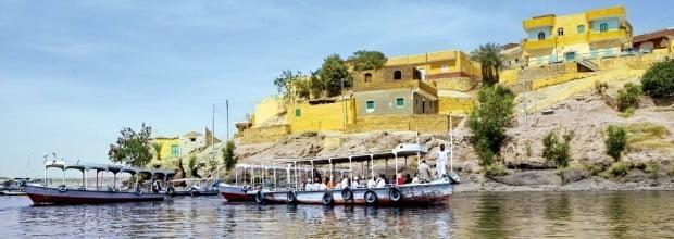 나일강을 따라가며 이집트의 역사를 더듬을 수 있는 나일크루즈