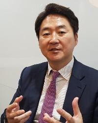 아놀드앤포터의 제임스 리 서울사무소 대표 파트너4(트리밍)