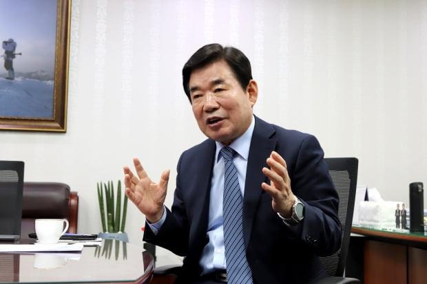 김진표 더불어민주당 국가경제자문회의 의장