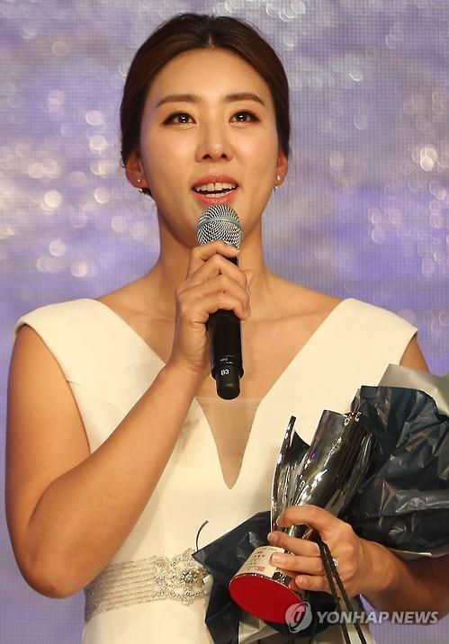"""KLPGA투어 복귀 '맏언니' 홍진주 """"후배들아, 포기는 없단다"""""""