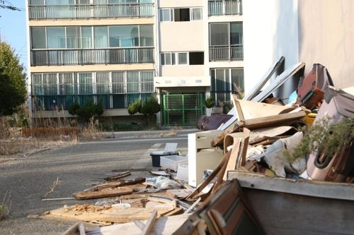 [포항 지진 2년] ② 재건축 소걸음…지진 상흔 그대로