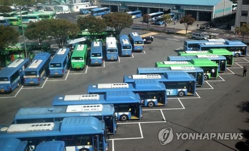 '방만경영에도 수천억 혈세'…준공영 버스에 재정지원 제한 추진