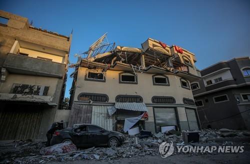 이스라엘 공습에 가자지구 무장정파 지휘관 사망…긴장고조