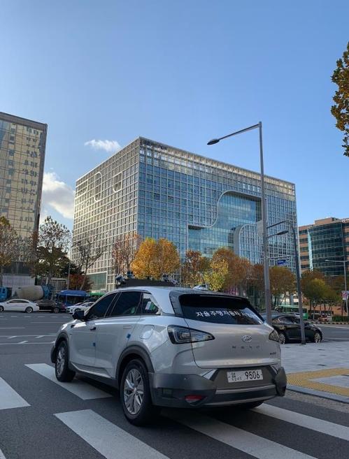 자율주행차, 이르면 내달 강남도로 달린다…서울시·현대차 협약