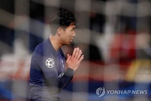 """손흥민, 고메스 위한 기도 세리머니…""""정말 힘들었고 미안하다"""""""