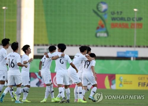 '52초'…백상훈, 한국축구 FIFA대회 최단시간 골로 16강행 활짝