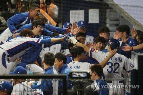 한국 야구, 3연승·조 1위로 프리미어12 슈퍼라운드 진출