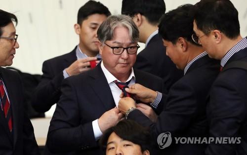 '탈권위' 김경문…자유분방 '알아서 잘하는' 야구대표팀