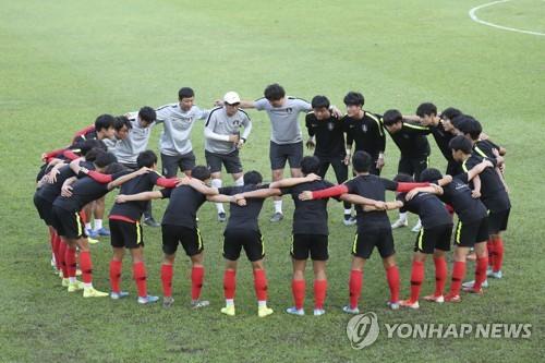 """U-17 월드컵 첫 4강 도전 김정수호 """"우리가 잘하는 것 하겠다"""""""