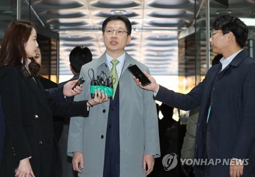 """김경수 2심서 징역 6년 구형…특검 """"총선 경종"""" 金 """"불법 없다""""(종합2보)"""