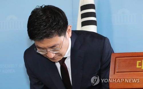 """한국당 3선 김세연 총선 불출마…""""당 해체, 총사퇴해야""""(종합2보)"""