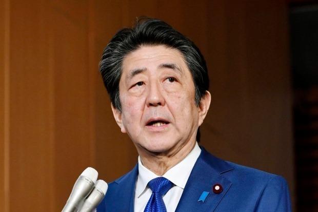 북한이 아베 신조(安倍 晋三)일본 총리가 북한의 초대형 방사포 시험 사격을 '탄도미사일 발사'라고 착각한 것을 원색적으로 비난했다./사진=AP