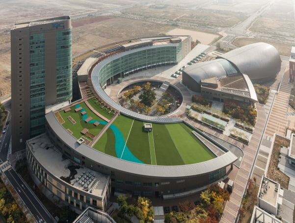 미국 스탠퍼드대 리서치센터가 들어 설 인천 송도국제도시에 있는 글로벌캠퍼스 전경.인천경제청 제공