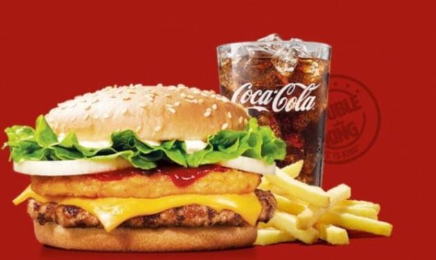 햄버거와 코카콜라 자료사진