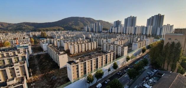 서울 강남의 한 재건축단지. 한경DB