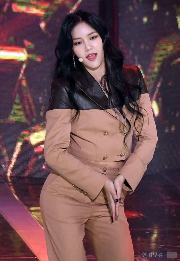 [포토] AOA 혜정, '풍성한 머리 숱'