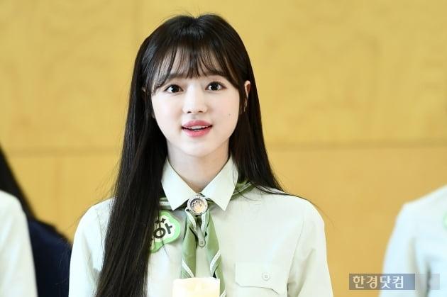 [포토] 오마이걸 유아, '예쁘네~'