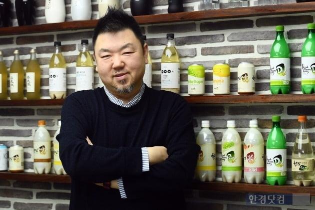 김성준 국순당 해외사업팀장은 매운맛과 즐기는 과일막걸리를 앞세우는 마케팅을 중국에서 전개하고 있다. (사진 = 변성현 기자)