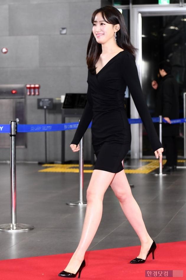 [포토] 주시은 아나운서, '밀착 원피스 입고 늘씬한 몸매 과시' (2019 SBS 연예대상)