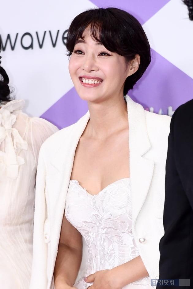 [포토] 강경헌, '아름다운 모습에 눈길~' (2019 SBS 연예대상)