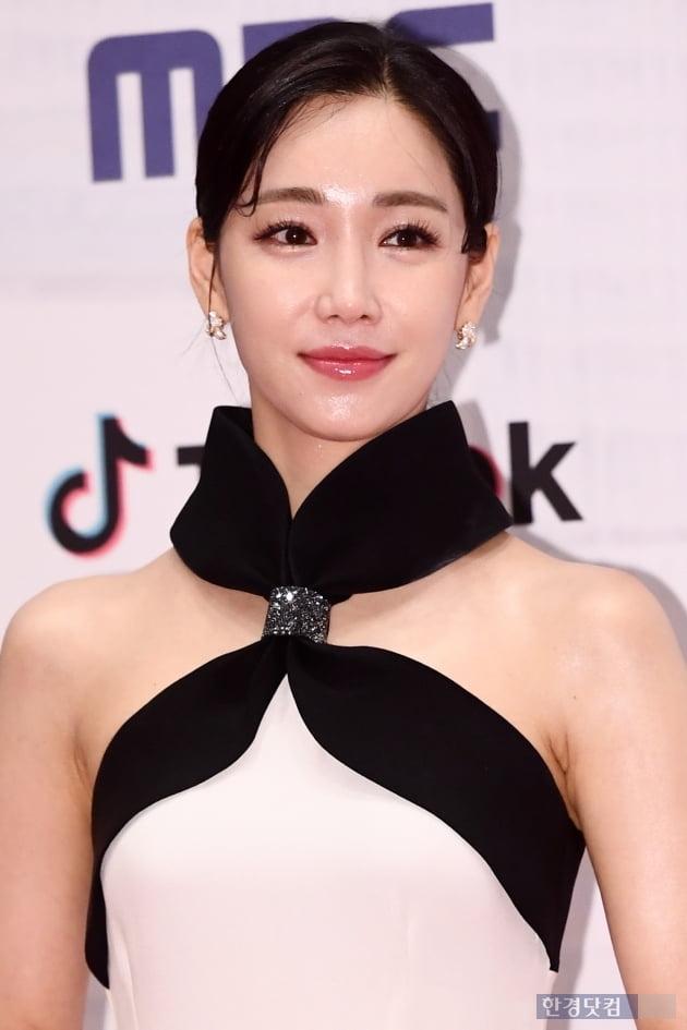 [포토] 이유리, '반짝반짝 빛나는 피부' (2019 MBC 연기대상)