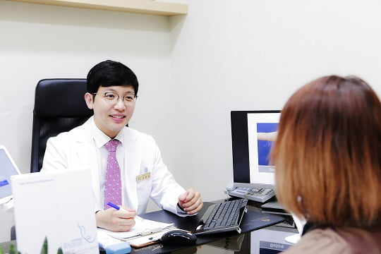 ▲ 김현승 대표원장  (사진= 모델라인의원 제공)