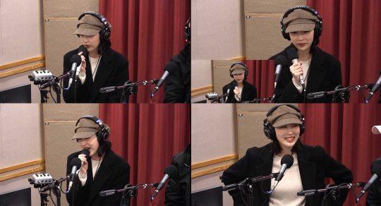 SBS 라디오 파워FM '아름다운 이 아침 김창완입니다' 방송화면. /