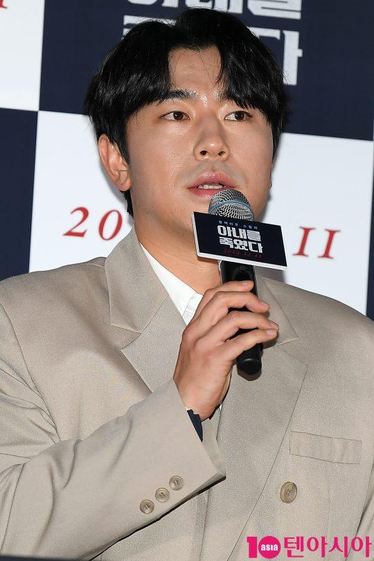 배우 이시언이 5일 오후 서울 한강로 CGV용산아이파크몰에서 열린 영화 '아내를 죽였다' 언론배급시사회에 참석했다. /이승현 기자 lsh87@