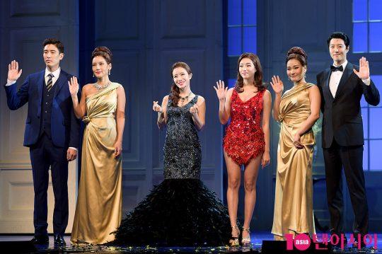 배우 강경준(왼쪽부터), 김선영, 박기영, 해나, 손승연, 이동건