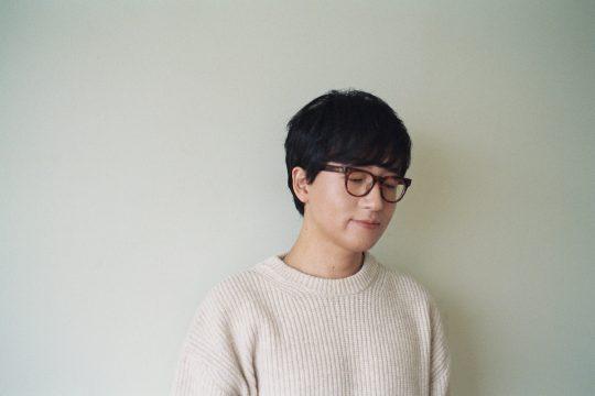 가수 루시드폴이 16일 정규 9집이자 책인 '너와 나'를 발매한다. / 사진제공=안테나뮤직