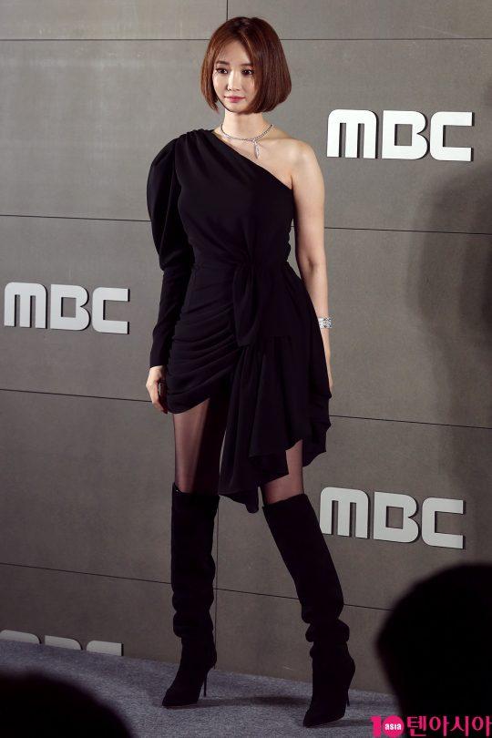 배우 고준희가 18일 오후 서울 상암동 MBC 사옥에서 열린 MBC뮤직 뷰티쇼 '핑크페스타' 제작발표회에 참석했다./이승현 기자 lsh87@