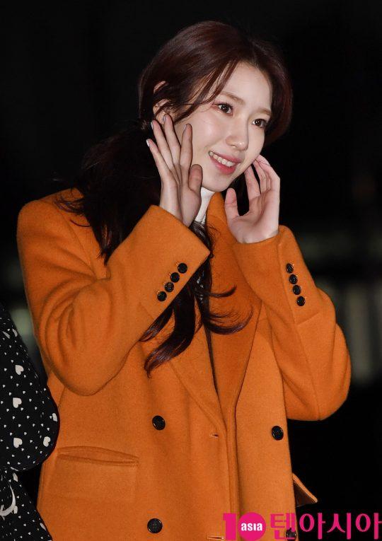 로켓펀치 수윤이 20일 오전 서울 여의도 KBS 신관 공개홀에서 열린 KBS2 '뮤직뱅크'(뮤뱅) 리허설에 참석하고 있다.
