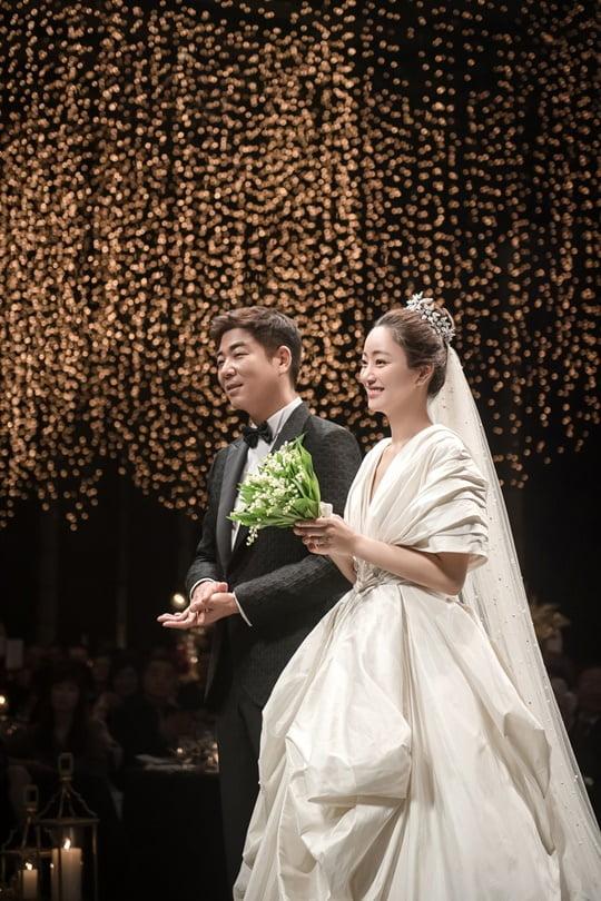 12월의 신부 서효림 김수미 아들 정명호와 결혼ft 부케는 지숙 ...