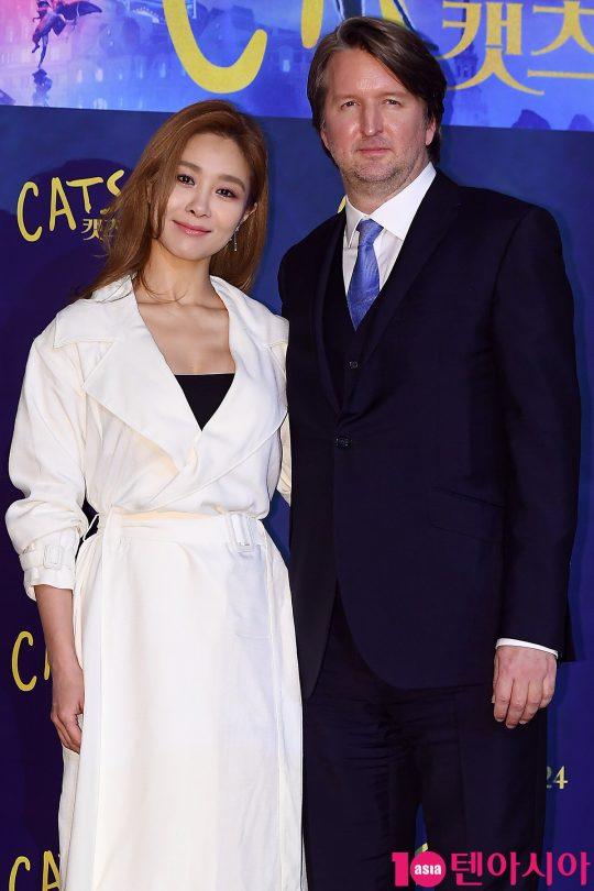배우 옥주현, 톰 후퍼 감독