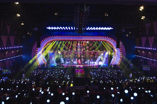 '놀면 뭐하니' 유산슬, 100일간 걸어온 '트로트의 길'…1집 굿바이 콘서트 '대성황'