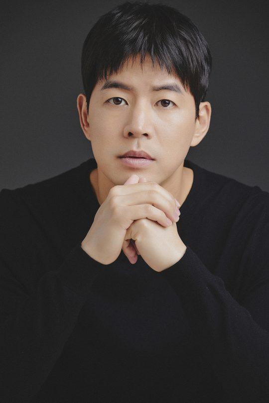 SBS 월화드라마 'VIP'에서 바람 피운 남편 박성준 역을 연기한 배우 이상윤. /사진제공=제이와이드컴퍼니