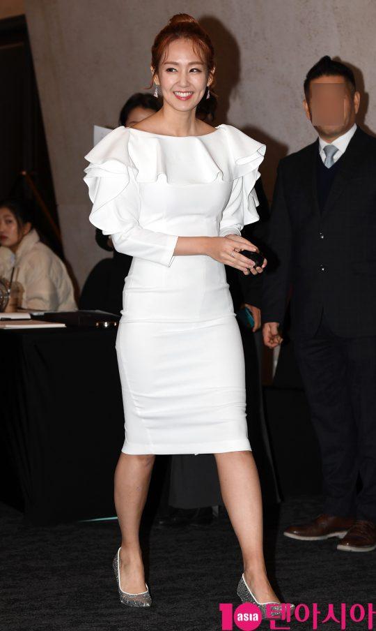 오정연이 27일 오후 서울 장충동 반얀트리 클럽앤스파 서울에서 열린 끌레드벨 'V착밀착 런칭데이' 행사에 참석하고 있다.