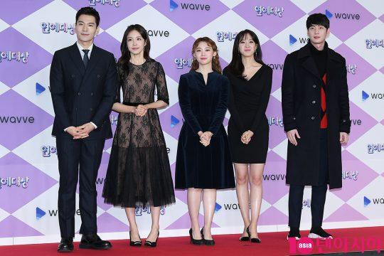 아나운서 김주우(왼쪽부터), 장예원, 김수민, 주시은, 김윤상