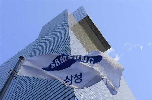 삼성전자, 장중 5만원 깨져…글로벌 무역환경 악화 우려