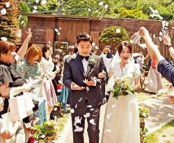 친환경 결혼 문화를 도입하여 건강한 결혼문화 조성에 앞장서고 있는 (주)대지를위한바느질.
