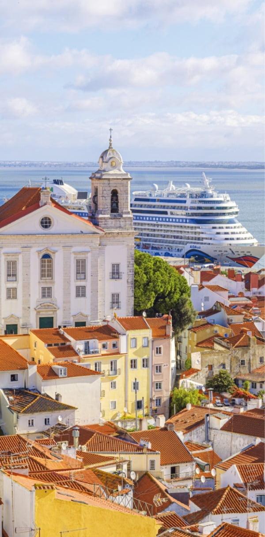 푸른 대서양과 마주한 리스본은 크루즈의 인기 기항지로도 손꼽힌다.